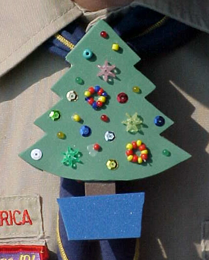 Cub scout crafts pictures to pin on pinterest pinsdaddy for Cub scout ornament craft